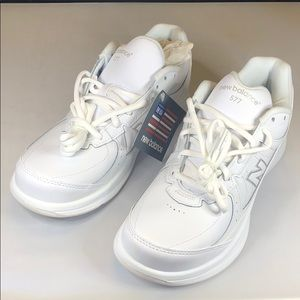 [226] New Balance (White) Women's Walking Shoes